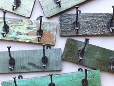 Distressed Green Coat Hook With 3 Hooks Shabby Chic Furniture, Painted Furniture, Wooden Coat Hooks, Indian Interiors, Green Coat, Vintage Chairs, Shabby Chic Style, Leather Accessories, Vintage Art