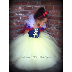 Storybook Disney Snow White Inspired Tutu dress glitter elastic... ($40) ❤ liked on Polyvore featuring costumes, green costume, snow white halloween costume, glitter costume and snow white costume