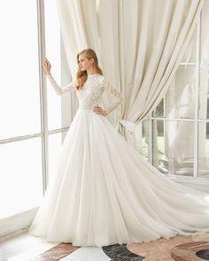 42 beste afbeeldingen van ♥ Trouwjurken Rosa Clará - Wedding ... ac0b44b2d172
