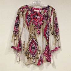 Chicos top Excellent condition. No trades, no PayPal Chico's Tops Blouses