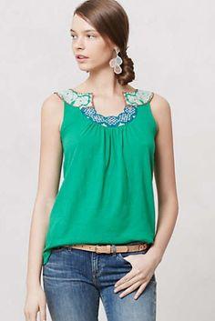 Fun neckline detail. Kelly green.