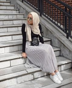 Hijab fashion inspiration http://www.justtrendygirls.com/hijab-fashion-inspiration/