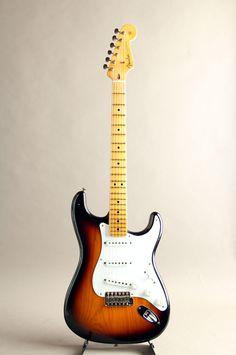 FENDER CUSTOM SHOP[フェンダーカスタムショップ] Journeyman Relic Eric Clapton Signature Stratocaster 2-Color Sunburst 詳細写真