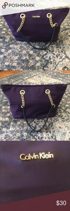 Calvin Klein purse Very good condition Calvin Klein purse Calvin Klein Bags Shoulder Bags