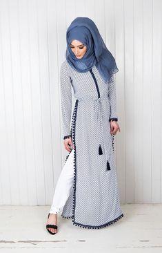 Muslim women abaya dress and Hijab emb Modest Wear, Modest Dresses, Modest Outfits, Modest Clothing, Islamic Fashion, Muslim Fashion, Modest Fashion, Fashion Dresses, Moslem