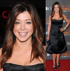 Another celebrity to come under scrutiny - is there any truth behind the Alyson Hannigan plastic surgery rumors? Herinterest takes a closer look and investigates further. Alyson Hannigan, Lily Aldrin, American Pie, Fair Skin Makeup, Hair Makeup, Auburn Highlights, Color Highlights, Celebrity Makeup Looks, Non Blondes