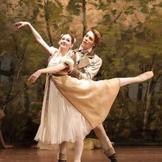 #fbf to dancing #olga in #onegin with the @bay_staatsballett I love this ballet so so much. Such an Emotional Gem! #dancer #ballet #emotional #drama #duel #ballerinalife #dancerslife #littlegirlhairstyles #plates #bows #inlove #love @gaynorminden @gaynorgirls can't do it without you!