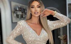 """Relația dintre Bianca Drăgușanu și Gabi Bădălău pare să meargă cum nu se poate mai bine. Cei doi formează un cuplu extrem de… Citeste articolul complet AICI -> Bianca Drăgușanu vorbește despre cum este tratată de Gabi Bădălău: """"Sunt tratată ca o regină, să existe un inel"""" - YVE.ro. Swarovski, Instagram, Arm, Candy, Club, Fashion, Moda, Arms, Fashion Styles"""