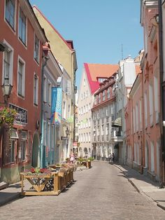 Skip Stockholm, Visit Tallinn