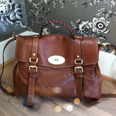 Classic bag in a classic fall color #Mulberry @Armanda Costa Blanca #CBFallSpree