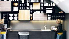 Ikea a lancé Metod, sa nouvelle gamme de meubles de cuisine, déjà en vente en magasins. Nouveaux caissons modulables, nouvelles couleurs... Côté Maison vous les présente.