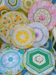 vintage sheets and vintage doily embroidery hoop wall art Doilies with extra decoration Embroidery Hoop Crafts, Embroidery Transfers, Vintage Embroidery, Embroidery Patterns, Hand Embroidery, Machine Embroidery, Embroidery Sampler, Embroidery Monogram, Embroidery Files
