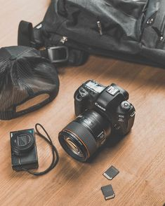 DSLR or Point-and-Shoot for your daily camera? Tell us your choice and why! Passion Photography, Photography Camera, Photography And Videography, Youtube Setup, Red Digital Cinema, Camera Watch, Cinema Camera, Entrance Design, Camera Straps