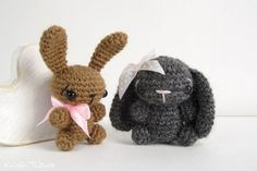 I love making these tiny bunny rabbits, they make such cute keychains or little gifts, equally appreciated by kids and adults alike.  Full story » Original post blogged on b2evolution.