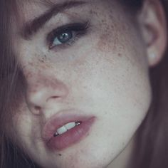 Redheads Freckles and All around beautiful women Beautiful Freckles, Beautiful Redhead, Beautiful Women, Beautiful Gorgeous, Foto Portrait, Female Portrait, Portrait Photography, Fashion Photography, Redheads Freckles