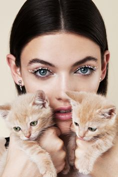 The Coolest Cat Eyes for Fall | Teen Vogue