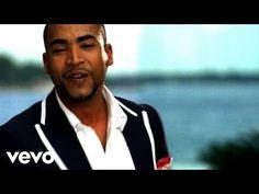 Music video by Chino & Nacho performing Tu Angelito. (C) 2010 Machete Music