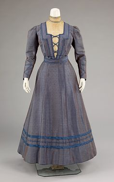 Dress Date: 1898–1900 Culture: American Medium: silk, wool, cotton Accession Number: 2009.300.284a–d The Metropolitan Museum of Art - Dress