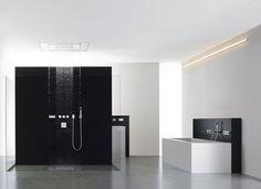 Baño con mampara moderna