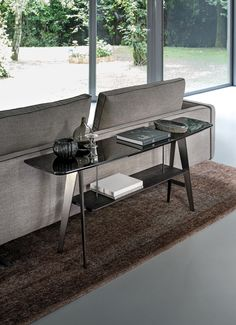 DOWNTOWN - Designer Console tables from Arketipo ✓ all information ✓ high-resolution images ✓ CADs ✓ catalogues ✓ contact information ✓ find..
