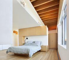 Meadow House / Ian MacDonald Architect. Tête de Lit Original.