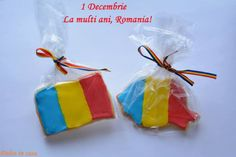 12311218_439826909560362_1612815080307976941_n 1 Decembrie, Romania, Diy For Kids, Christmas Ornaments, Holiday Decor, School, Google, Folklore, Sweet