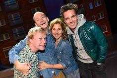 Johan Glans, Jonas Helgesson, Helen Sjöholm och Peter Jöback är alla med i Livet är en schlager. Teater