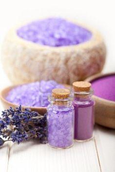 Lavender bath salt for Spa and wellnes Diy Beauty, Beauty Hacks, Lavender Bath Salts, Homemade Essential Oils, Good Massage, Face Massage, Massage Oil, Rest And Relaxation, Lavander