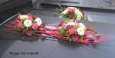 grafstuk Funeral Flower Arrangements, Funeral Flowers, Floral Arrangements, Grave Decorations, Arte Floral, Profile Design, Ikebana, Amazing Flowers, Flower Designs