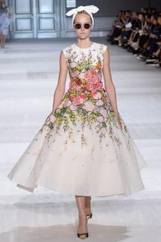 Giambattista Valli, couture autumn/winter 2014 Yes Alice in wonderland