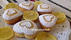 Dolce delicato al limone Mozzarella, Macarons, Muffins, Cheesecake, Food And Drink, Eat, Cooking, Breakfast, Desserts