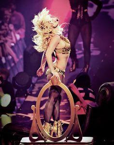Britney Spears | Femme Fatale Tour
