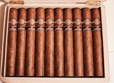 One of the best Cuban cigars in the las times, Montecristo 80th Anniversary.