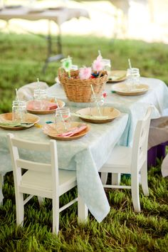 Kids' table at a wedding! LOVE!! Photo by Katelyn James Photography, see more at http://theeverylastdetail.com/rustic-eclectic-backyard-maryland-wedding/