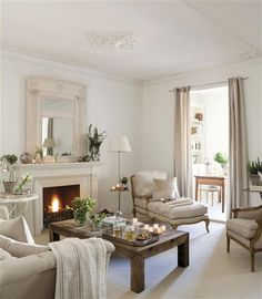 Style: Neutral small living room with fireplace Home Living Room, Living Room Designs, Living Room Decor, Deco Addict, Small Room Design, Home Trends, Elegant Homes, Luxury Living, Decoration