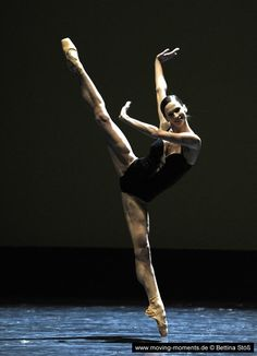 Polina Semionova in Herman Schmerman by William Forsythe (2012). Photo by Bettina Stöß
