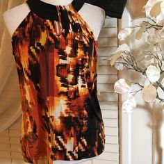 New Directions top Amazing looking top , excellent condition, 100% polyester new directions Tops Blouses