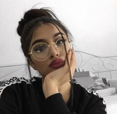 Trendy Glasses Girl Selfie Eyes 24 Ideas Trendy Glasses Girl Selfie Eyes 24 Ideas This image has get Makeup Goals, Makeup Inspo, Makeup Inspiration, Beauty Makeup, Eye Makeup, Hair Makeup, Hair Beauty, Fashion Inspiration, Matte Makeup
