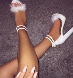 //heels//