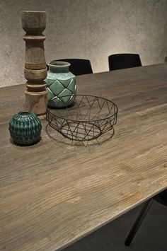 Arizona iTOPKer series for countertops shows that nature is still a source of inspiration for our ceramic surfaces. Inspired by naked wood faded by sunlight and worn by the passage of time, it stands out for its strong personality.
