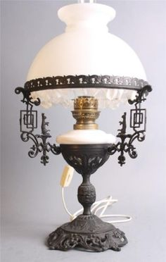 A Beauty Very RARE Standing Dutch Antique Cast Iron Oil Lamp with Shade   eBay