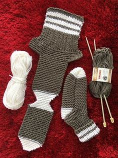Two Needle Socks – Free Knitting Pattern – stricken – Free Knitting needle P… - Knitting Bordado - Her Crochet Diy Crafts Knitting, Easy Knitting, Loom Knitting, Knitting Stitches, Knitting Socks, Knitting Projects, Baby Knitting Patterns, Knitting Designs, Crochet Patterns