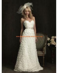 2012 Schöne moderne Brautkleider aus Tüll und Satin A-Linie Herzausschnitt