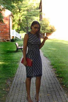 Beaute' J'adore: DIY Lace Overlay Dress
