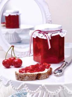 Raindrops and Roses Jam Recipes, Dessert Recipes, Cooking Recipes, Chutneys, Marmalade Jam, B Food, Jam And Jelly, Food Decoration, Aesthetic Food