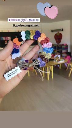 #anneler günü Hand Crafts For Kids, Easter Crafts For Toddlers, Mothers Day Crafts, Diy Home Crafts, Valentine Day Crafts, Toddler Crafts, Art For Kids, Art Lessons Elementary, Frame Crafts
