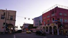 Edullista tekemistä elokuvien Los Angelesissa • Findineverland Travel Around The World, Around The Worlds, Santa Monica, Travelling, Angeles, Street View, Studio, La La Land, Angels