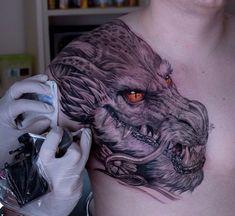 Dragon-mens-chest-tattoo.jpg (750×688)