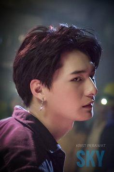 Hot Asian Men, Asian Boys, Cute Gay Couples, Baby Turtles, Thai Drama, Actor Model, Best Couple, Pink Hair, Cute Guys