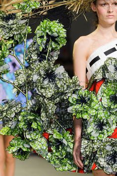 Viktor & Rolf at Couture Spring 2015 (Details)